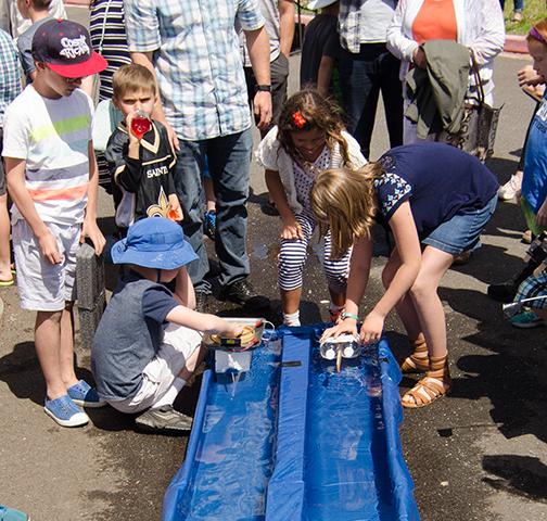 Solar Boat race start