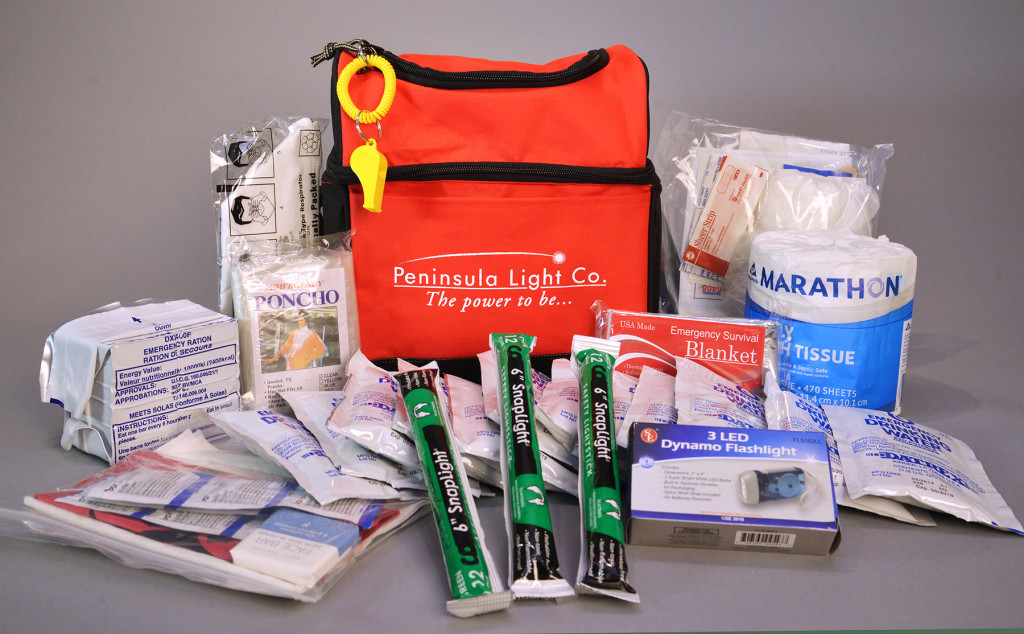 72-hr-Emerg-Kit-w-supplies-web