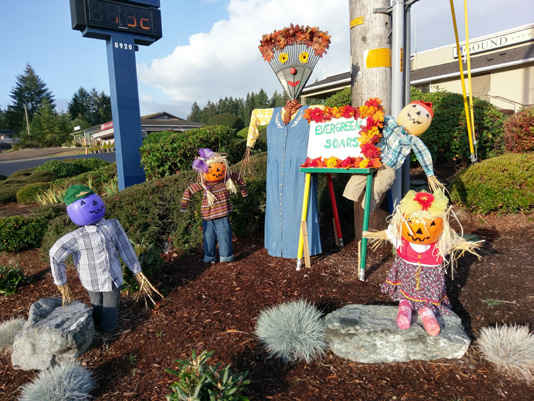 scarecrow invasion decorations